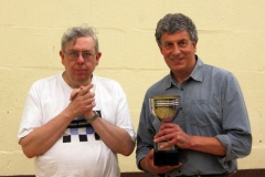 Bob-receiving-U160-trophy